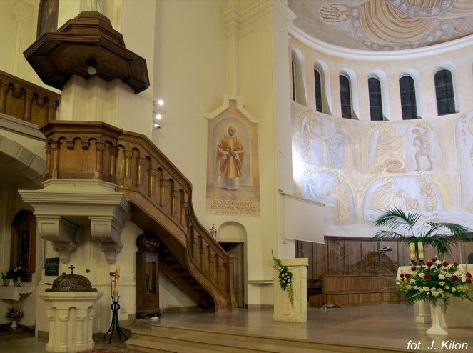 Ogl?dasz obrazy z dzia?u: Historyczne losy kościoła św. Wojciecha